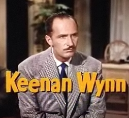 Keenan_Wynn_in_Tennessee_Champ_trailer