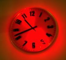 460969_red_clock_1042