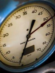 400625_old_pressure_gauge