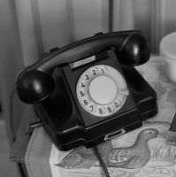 822959_old_telephone