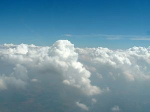 820222_white_clouds
