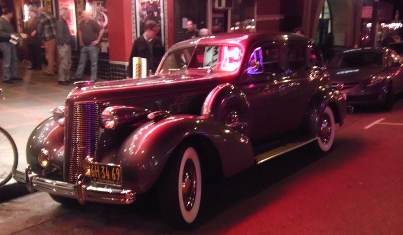 2013-01-28--NoirCity11-car